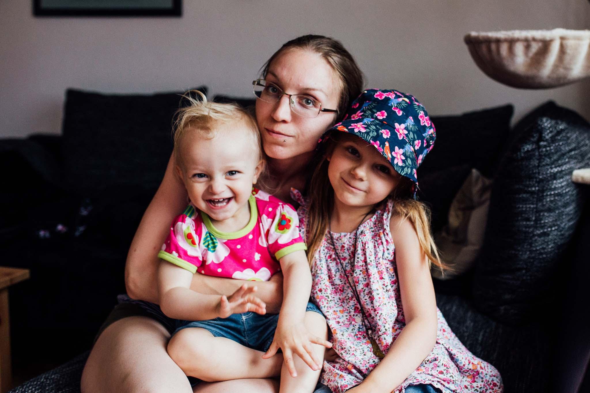 Fotografin Maren Scheffler aus Rutesheim mit ihren beiden Töchtern