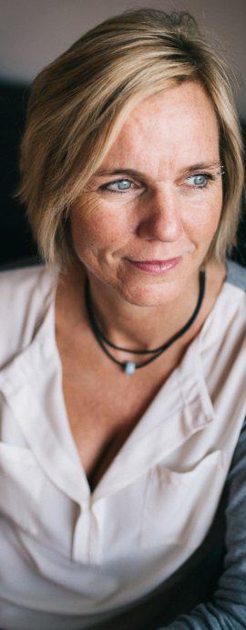 Judith Heinl, Frau, Portrait, Rutesheim, Fotograf, Fotografin Rutesheim, Leonberg, Stuttgart, Familienfotografie, blaue Augen, schöne Frau