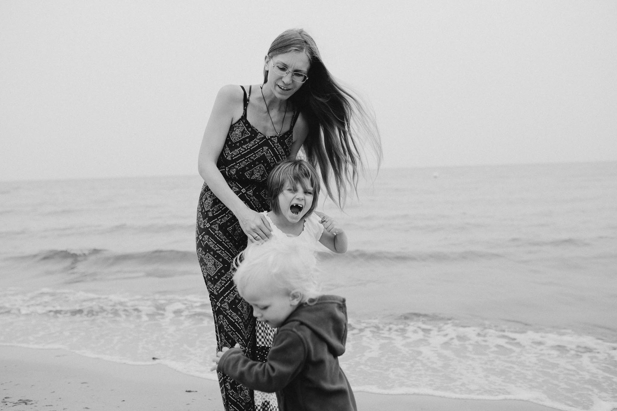 Meine Töchter und ich am Ostseestrand Dierhagen